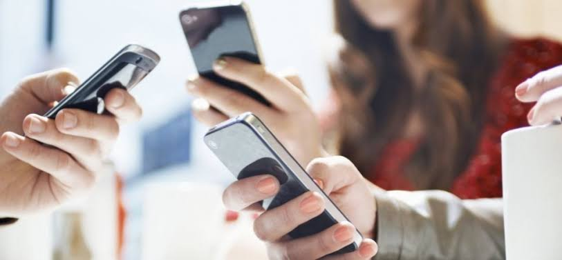 Minimize Working On Phone Screen
