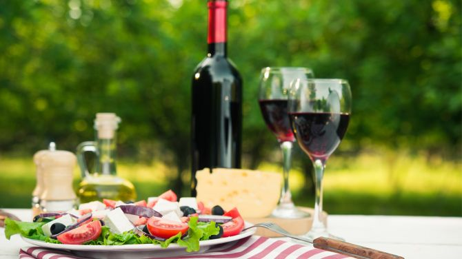 Red Wine Be Consumed In The Mediterranean Diet